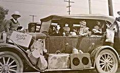 Photo by Dorothea Lange . California Historic Route 66 Association: Route 66 at Needles, Ca - 1936 Migrants from Oklahoma entering California. California History, Texas History, California Travel, Historic Route 66, Golden Gate Park, Short Stories, Oklahoma, Usa, Dorothea Lange