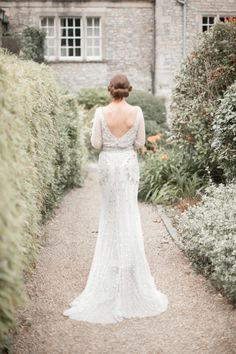 Gorgeous art-deco inspired gown: http://www.stylemepretty.com/vault/gallery/37758 | Photography: Kerry Bartlett - http://www.kerrybartlett.co.uk/