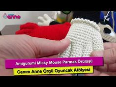 Amigurumi Mickey Mouse (Miki Mause) Yapılışı - Canım Anne Crochet Toys Patterns, Stuffed Toys Patterns, Knitting Socks, Baby Knitting, Miki Mouse, Crochet Disney, Crochet Angels, Knit Shoes, One Banana
