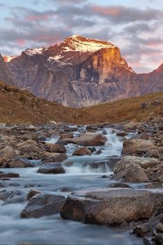 Arrigetch Peaks, Gates of the Arctic National Park, photo gallery » Alaska