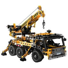 Crane rotates 360 degrees Functional hook and Telescopic arm 4 stabilisers and steering activated by different cranks, gears and jack Toy Trucks, Monster Trucks, Popular Kids Toys, Building Toys, Telescope, Crane, Outdoor Power Equipment, Evolution, Ebay