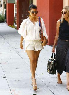 Love this girl's style! #Kardashian