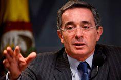 LITERPALENKE: Uribe es un mal útil, no un mal necesario
