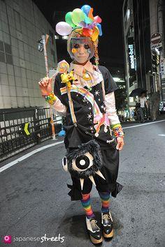 120811-7995 - Japanese street fashion in Shibuya, Tokyo
