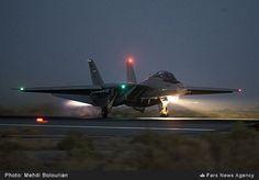 F-14-Tomcat-IRIAF-2016-1.jpg (706×492)