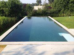 Verlicon   Foto's zwembaden > Zichtbeton zwembaden
