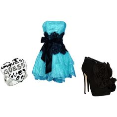 I wish that in 9th grade our prom theme could be alice in wonderland or just blue and black so I could wear this<33