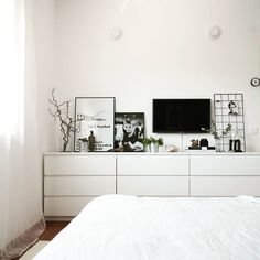 Ikea & Malm & Chests of drawers Diane Tuttle.native ikeabedroomideasIkea & Malm & Chests of drawers Diane Tuttle.native Ikea Malm hacks probably never seen before Ikea Malm, Bedroom Dresser Styling, Home Bedroom, Cool Room Designs, Bedroom Interior, Home Decor, Malm Bed, Cozy Room, Ikea Malm Drawers