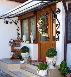 Vand casa in Simeria, str. Ion Creanga Vand, Bookcase, Shelves, Windows, Home Decor, Shelving, Decoration Home, Room Decor, Shelf