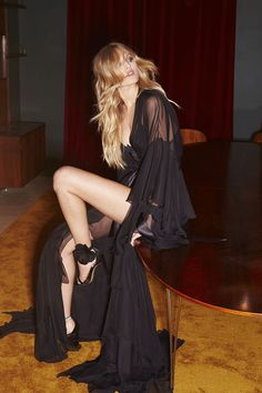 Alexandre Vauthier Fall 2016 Ready-to-Wear Fashion Show