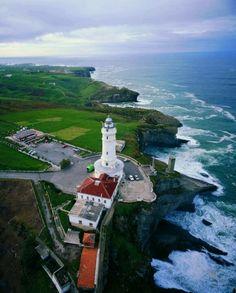 #Santander #Spain http://www.spiabroad.com/spain/santander-high-school-study-abroad-program/