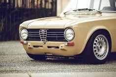 A Look at Dorian's Beige Alfa Romeo Giulia Build New Luxury Cars, Small Luxury Cars, Alfa Romeo 4c, Alfa Romeo Giulia, Classic Sports Cars, Classic Cars, Singer Vehicle Design, Engine Rebuild, Sports Sedan
