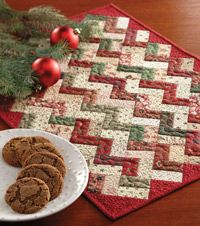 Little ZZ easy quilts free table topper quilt pattern