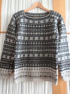 Ravelry: friedi's Pullover Knitting Charts, Hand Knitting, Punto Fair Isle, Clothing Patterns, Knitting Patterns, Knitting Projects, Fair Isle Pullover, Fair Isle Pattern, Fair Isle Knitting