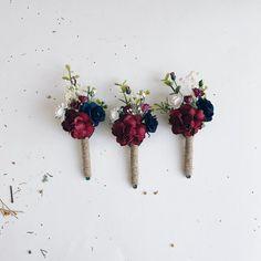 Boutonnieres Peach Wedding Flowers - Diy and crafts interests Navy And Burgundy Wedding, Burgundy Wedding Flowers, Burgundy Bouquet, Maroon Wedding, Purple Wedding, November Wedding Flowers, Burgendy Wedding, Navy Blue Groom, Navy Blue Wedding Theme