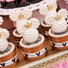 Mickey Mouse Wedding, Baby Mickey, Mickey Party, Mickey Minnie Mouse, Mini Mouse Birthday Cake, Pearl Party, Birthday Favors, Mouse Parties