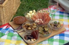Picnics at polo in Newport (or at Tanglewood)