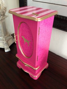 PINK inspired jewelry box<3