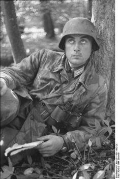 German soldier WW II. Quelle: Bundesarchiv