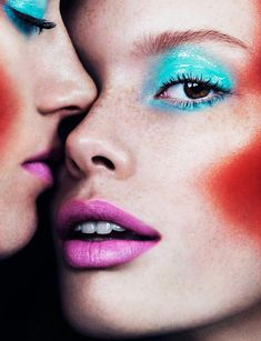 Double Face (French Revue de Modes)