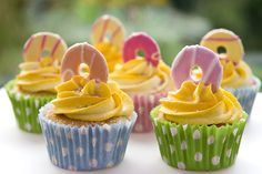 Party Ring Cupcakes, via Flickr.
