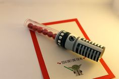 Star Wars Yoda Lightsaber Valentines #Valentines #StarWars #Yoda