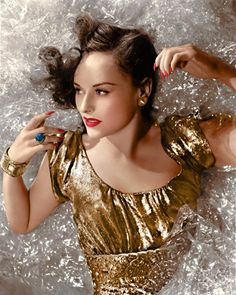 Paulette GODDARD (1910-1990) * AFI Top Actress nominee > Active 1926–72 > Born Pauline Goddard Levy (disputed) 3 June 1910 New York > Died 23 April 1990 (aged 79) Switzerland, heart failure and emphysema > Other: Film Producer, Dancer, Model > Spouses: Edgar James (1927-32 div); Charlie Chaplin (1936-42 div); Burgess Meredith (1944-49 div); Erich Maria Remarque (1958–70, his death). A 'Ziegfeld Follies' girl by 13 (was the girl on the prop crescent moon). Married a millionaire at 16.