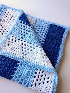 Triangles and Stripes - Baby Blanket - a free crochet pattern over at the cute blog 5 Little Monsters