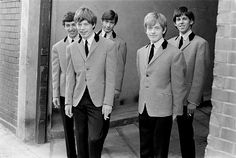 D 77226-06  The Rolling Stones pictured 1963 - from left are Bill Wyman,  Mick Jagger, Charlie Watts, the late Brian Jones (who died in 1969) and Keith Richards (rear).   © Philip Townsend / Camera Press / Retna Ltd.  ***HIGHER RATES APPLY:  CALL TO NEGOTIATE***NO SKIN MAGS/NO TABLOIDS***USA ONLY***