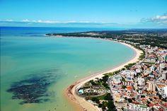 Praia de Tambaú, em João Pessoa. Visite o BrasilGuias