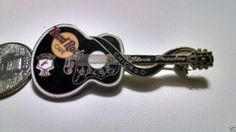 Hard Rock Cafe Chicago Memorial Series Guitar Pin Elvis Presley Dead Rocker