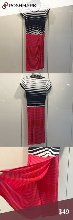 👗BCBG MaxAzriaStriped Open Front Dress👒👒👒 BCBG Striped Front Open Dress 🌺☀️in pink & navy blue shade, very cute design and casual style, easy to go with any outfits, super comfy to wear, perfect for parties/ weekends/ beach 🏖, never worn in perfect condition 🎀🎀🎀                                                                                                👛👛👛No Trade, sorry 🛍🛍🛍                                           💰💰💰Bundle and Save💸💸💸 BCBGMaxAzria Dresses Midi