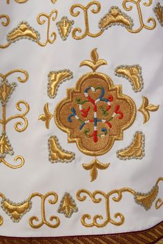 The plaques embroidery (a fragment), catalog of St Elisabeth Convent. #CatalogofGoodDeed #Priest #Sticharion #white #gold #embroidery #sewing #polyviscose #church #orthodox #details #goldwork #cross #handmade