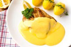 Hollandi mártás - Hozzávalók 1  keverésre 3 db tojássárgája 100 ml víz 2 csipet só 100 g vaj (olvasztott) 0.25 db citrom leve
