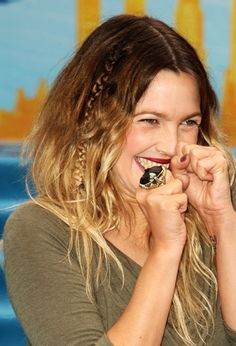 Drew Barrymore ombre.AWFUL