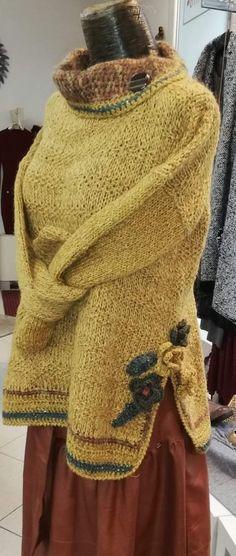 Sweaters, Fashion, Tricot, Moda, Fashion Styles, Sweater, Fashion Illustrations, Sweatshirts, Pullover Sweaters