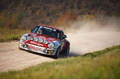 Porsche 911 SCRS - 2011 Revival Rally Club Valpantena - Guerrato y Aparo - https://www.luxury.guugles.com/porsche-911-scrs-2011-revival-rally-club-valpantena-guerrato-y-aparo/