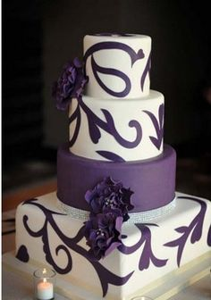 Perfect cake for fall/ purple theme wedding
