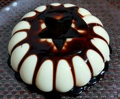 Chocolate Sweets, Love Chocolate, Greek Sweets, Yummy Food, Tasty, Sweets Cake, Banana Cream, Greek Recipes, Easy Desserts