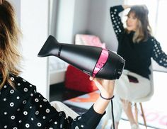 Blogger Lindsey Lutz from Life Lutzurious details her edgy, loose waves using the GHD hair dryer