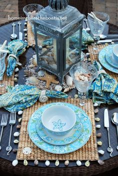 Beautiful table with a seaside theme. Coastal Cottage, Coastal Style, Coastal Decor, Coastal Living, Coastal Interior, Coastal Farmhouse, Modern Coastal, Coastal Homes, Beautiful Table Settings