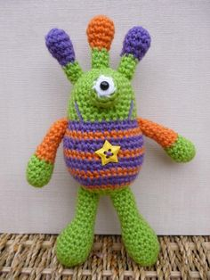 (4) Name: 'Crocheting : Bug Eyed Monsters