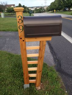 They revamped their boring mailbox into a traffic stopping piece of diy cedar mailbox post 10 degree front post and mortised trellis for a future flower bed solutioingenieria Images