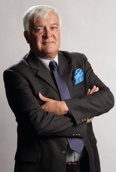 Carlos Ott tiene cuarenta años de experiencia destacada en el diseño de proyectos de construcción. Reconocido internacionalmente como uno de los arquitectos de diseño más importantes, Carlos Ott ha sido galardonado con numerosos premios y reconocimientos internacionales de mérito durante su ilustre carrera