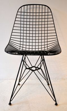 EAMES, DKR WIRE CHAIR - could look great with rustic farmtable for conference table.