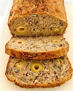 """Chrono Diät on Instagram: """"Wie versprochen das Rezept vom Brot nach Chrono Art. 😊 ________________________________________  Zutaten: *200g Dinkelmehl *50g Roggenmehl…"""" Banana Bread, Desserts, Instagram, Rye, Brot, Food Food, Tailgate Desserts, Deserts, Postres"""