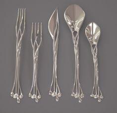 Funny pictures about Elven Cutlery Set. Oh, and cool pics about Elven Cutlery Set. Also, Elven Cutlery Set photos. Art Nouveau, Art Deco, Design 3d, Print Design, 3d Prints, Flatware Set, Silverware Sets, Wedding Silverware, Sterling Silverware