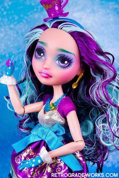 Ever After High Custom Repaint Madeline Hatter by retrogradeworks on deviantART Ever After High, Ever After Dolls, Vinyl Dolls, Doll Repaint, Ooak Dolls, Custom Dolls, Monster High, Art Boards, Disney Princess