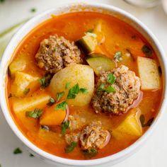 Albondigas Soup Recipe Mexican, Mexican Meatball Soup, Mexican Meatballs, Mexican Soup Recipes, Mexican Food Buffet, Chili Soup Recipe, Mexican Meals, Meatball Recipes, Authentic Mexican Soups