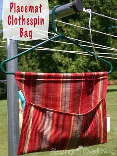 Got a clothesline but nowhere to store your clothespins? Follow this easy tutorial to turn a placemat into a functional clothespin bag.